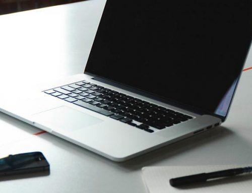 Educación en línea o educación presencial, ¿cuál es la mejor opción?