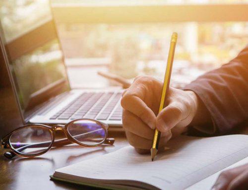 Diferencias entre licenciatura en línea y cursos en línea