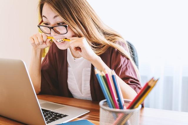 Educación en línea: 5 hábitos para mejorar tu proceso de aprendizaje